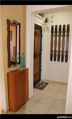 Vand apartament 4 camere - imagine 1