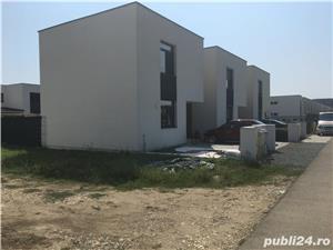 Vand teren 250 m2 pentru casa cu autorizatie si proiect  - imagine 1