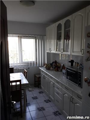 Vand apartament 3 camere Tomis Nord - imagine 7