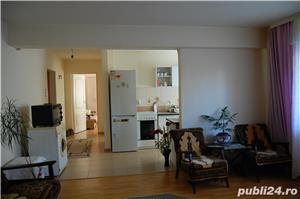 Vand apartament 2 camere, luminos, cu terasa - imagine 3