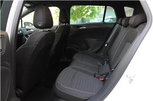 Opel Astra - imagine 21