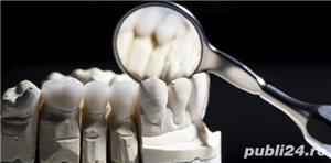 Laborator de tehnica dentara, cautam tehnician(fata) full-time - imagine 1