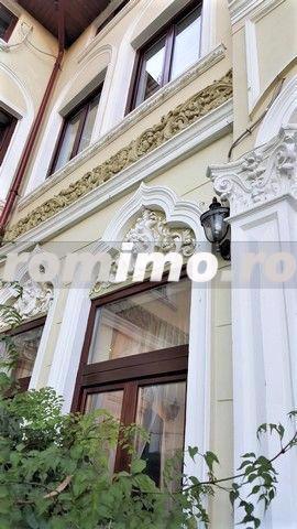 Vila reprezentativa zona Unirii/Budapesta - imagine 1