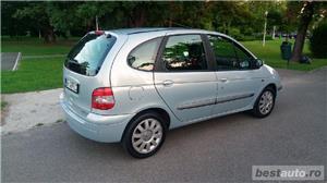 Renault Scenic - imagine 5