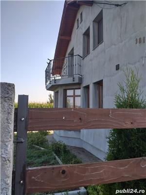 Casa / Vila de vanzare LAZURI tip p+1m - imagine 4