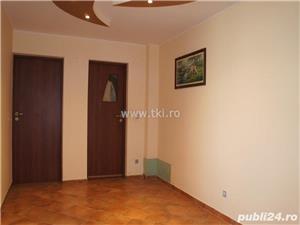 Apartament 3 camere de vanzare  in Sibiu zona Siretului - imagine 2