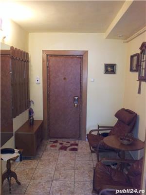 Proprietar inchiriez apartament cu 2 camere-CENTRAL - mobilat si utilat complet - imagine 12