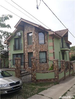 Vila d+p+e dealuri Oradea - imagine 1