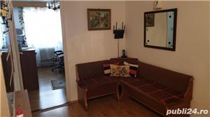 Vind apartament 3 camere valea aurie - imagine 1