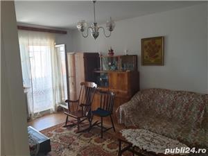 Vind apartament 3 camere valea aurie - imagine 2