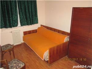 Inchiriez apartament 3 camere Boul Rosu - imagine 5
