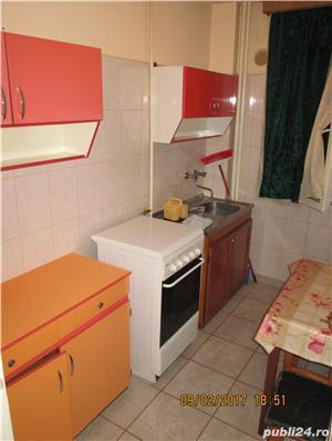 Inchiriez apartament 3 camere Boul Rosu - imagine 4