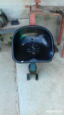 Scaun tractor fiat 215 - imagine 2