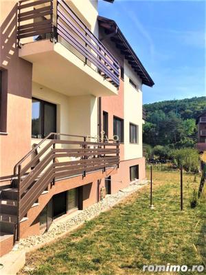 Casa, 8 camere, 240 mp, curte, parcari, zona str. Hameiului - imagine 10