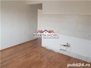Apartament 2 camere, zona Sens, etaj 3, decomandat, finisat recent - imagine 3