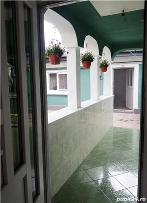 Proprietar vand casă cu gradina, zona Progresul - imagine 8