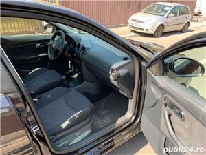 Seat Ibiza 1.4 16V 90cp stare impecabila 2006 E4 km reali 151000 - imagine 6