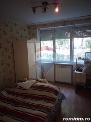 Apartament de inchiriat cu 3 camere str. Aluminei (Decebal) - imagine 1