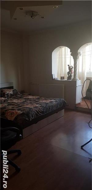 Vanzare apartament 4 camere Sebastian  - imagine 2