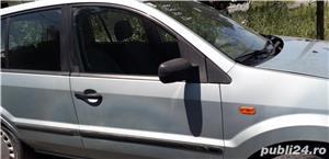 Ford Fusion - imagine 3