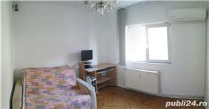 PROPRIETAR vand apartament 3 camere cf1 Calea Lipovei - imagine 4