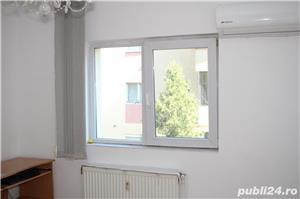 PROPRIETAR vand apartament 3 camere cf1 Calea Lipovei - imagine 5