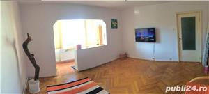 PROPRIETAR vand apartament 3 camere cf1 Calea Lipovei - imagine 2