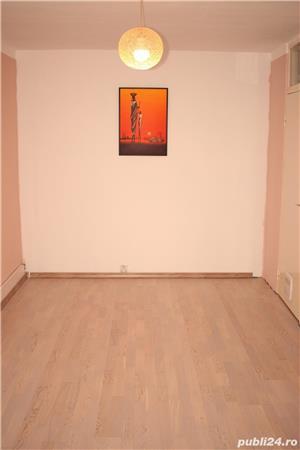 PROPRIETAR vand apartament 3 camere cf1 Calea Lipovei - imagine 7