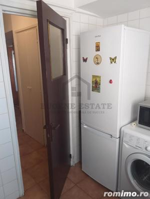 Apartament in zona Colenina - imagine 13