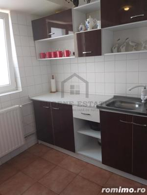 Apartament in zona Colenina - imagine 3