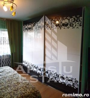 Apartament 3 camere decomandat langa Shopping City - imagine 2