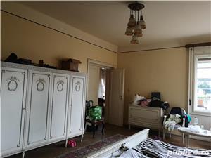 Balcescu vis a vis de Politehnica,ap 4 camere, et 1, garaj, s-150 mp, pret 210 000 euro  - imagine 11