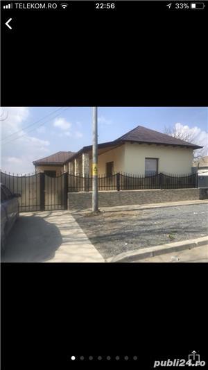 Casa de vanzare recent placata si renovata - imagine 2