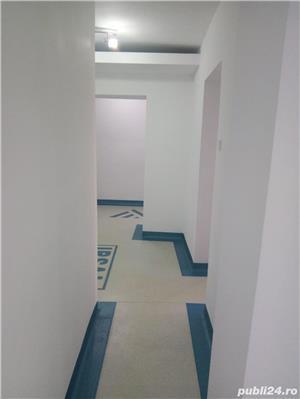 Spatiu comercial ,stradal ,etaj 1 ,cabinete ,Victoriei - imagine 2