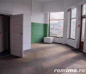 Casă 10 camere 300m² Calea Grivitei, ideal Investitie - imagine 7