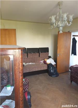 Apartament cu 2 camere semidecomandat etaj 7/10 in zona Dristor 2 metrou - imagine 4