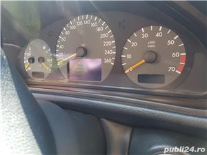 Mercedes-benz Clasa CLK 200 - imagine 11