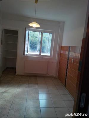 Inchiriez apartament 4 camere, Racadau - imagine 6