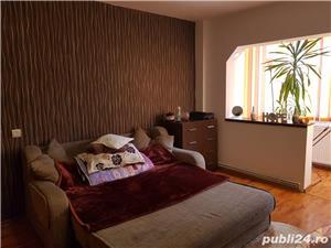 Caut colege apartament - imagine 3