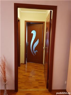 Caut colege apartament - imagine 5