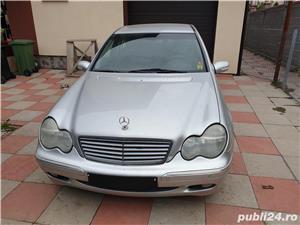Mercedes-benz Clasa C 220 - imagine 1