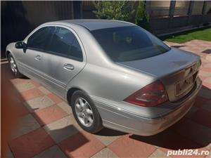 Mercedes-benz Clasa C 220 - imagine 2