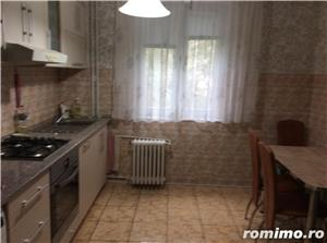 Chirie apartament 2 camere Rogerius mobilat, utilat 250 euro - imagine 8