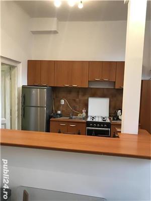 Închiriez apartament modern, cu o camera, in vila, ultracentral, cu parcare in curte. - imagine 11