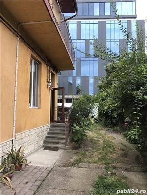 Închiriez apartament modern, cu o camera, in vila, ultracentral, cu parcare in curte. - imagine 13