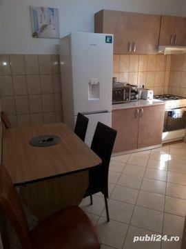 Apartament 2 camere et 1 Central conf 1 decomandat Oradea Regim Hoteliere  - imagine 2