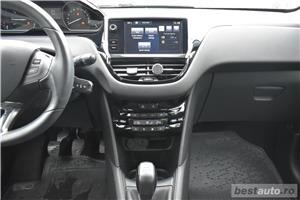 Peugeot 208 - imagine 11