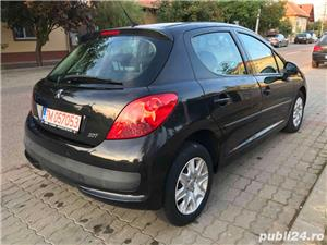 207 , motor 1.4 benzina , 70 kw , an 2008 , 114000 km.  - imagine 3