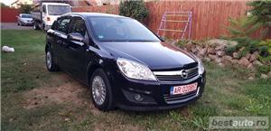 Opel Astra 1.6 benzina si gaz - imagine 4