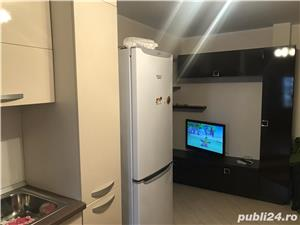 Apartment icfrim renovat complet, se vinde mobilat, sunati va rog la nr 00393477192012 multumesc  - imagine 7